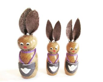 German Vintage Easter Wooden Bunnies with Lederhosen, Made in the DDR Erzgebirge in the 70s