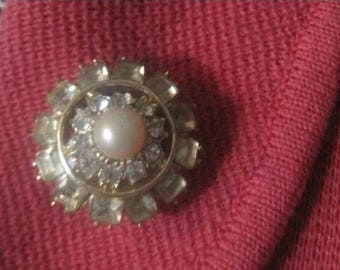 Topaz Colored Glass With  Pearl Center, 1950's, Mid Century, Vintage Jewelry
