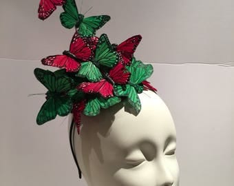 Christmas Hat- Christmas Fascinator- Ugly Sweater party hat- red and green Fascinator- Holiday Party- Cocktail hat -Holiday headpiece