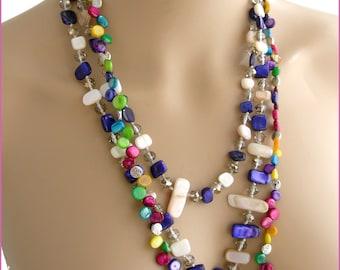 Collier /Sautoir  multicolores - Nacre, métal  et cristal