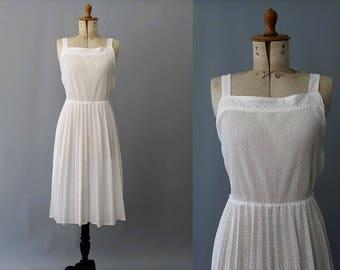 1980s Plumetis white straps Dress /80s summer white straps light dress