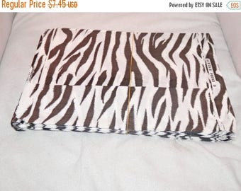 On Sale 100 Zebra Gift Bags 8.5x11 Animal Print Merchandise Bags, Paper Favor Bags,