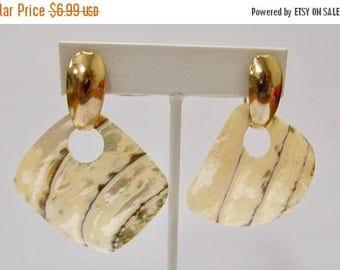 ON SALE Retro Large Shell Earrings Earrings Item K # 362