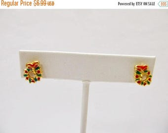 ON SALE Vintage Enameled Christmas Wreath Earrings Item K # 1798