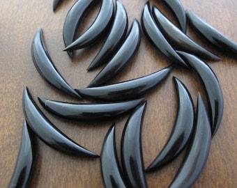 Beautiful  Longhorn crescent, Buffalo horn  carving ,  boho,    jewelry making Supplies B6868