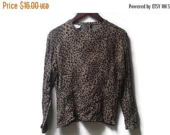 SALE Leopard print blouse rayon S M vintage