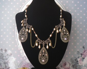 """Vintage ethnic necklace Pearl and rhinestone """"Guy"""""""
