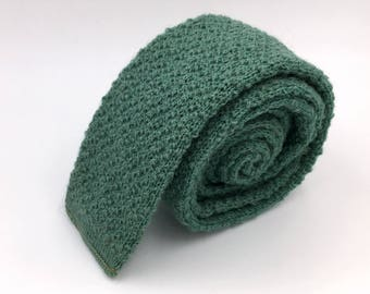 Vintage 1960s Green Wool Square End Knit Tie by Hollyvogue