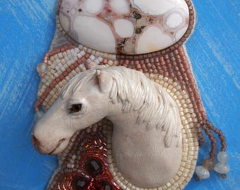 white horse pendant necklace with jasper cabochon and beading