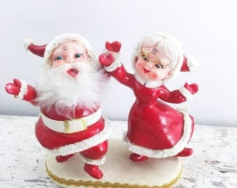 SUMMER SALE Vintage Holiday Kitsch - Santa and Mrs Claus