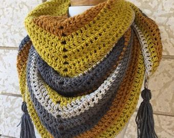 Crochet scarf, Triangle scarf