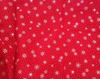 Snowflake Fabric, Red and White Christmas Snowflake Fabric, Craft Supply, Quilting Supply, Pretty Fabric, 3 Yards