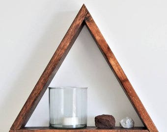 The Pyramid Shelf