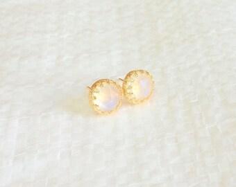 SALE - Moonstone earrings - Moonstone studs - Moonstone studs earrings - Gold moonstone earrings - Gemstone earrings - Rainbow moonstone stu