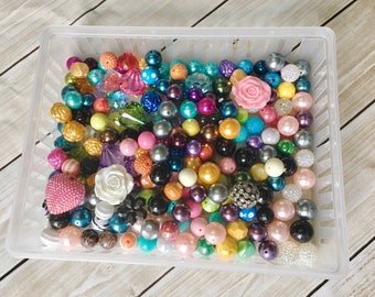 100, 200, OR 500 mix beads, 18-24mm pearl tones, accent beads, pendant beads, solid beads, all colors, chunky beads, WHOLESALE BEADS