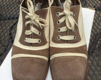 Vintage 70's Light Brown and Cream Leather Shoes Suede Pumps Lace Up Shoestring