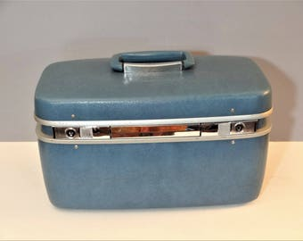 Mid Century Train Case - Makeup Case - Samsonite Silhouette Train Case with Tray - Blue - Vintage Luggage - Overnight Bag
