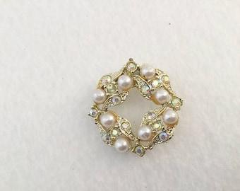 Vintage Pearl Pin, Rhinestone Pin, Pearl Rhinestone, Pearl Brooch, Rhinestone Brooch, Circle Pin, Vintage Brooch,  Vintage Jewelry