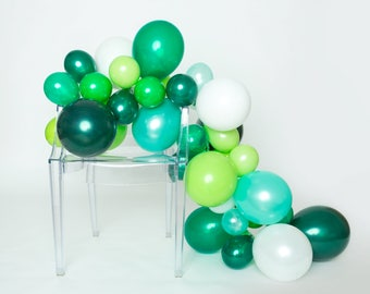 Balloon Garland Kit - In the Jungle - Shades of Green - Jungle Party - Jungle Party Balloons