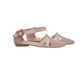Blush pink textured leather sandals, Vivian, flat buckled sandals
