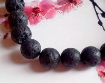 Beads made of lava, different sizes and quantities!