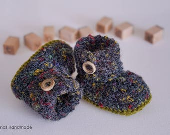 Dark grey woolen baby booties, baby shoes
