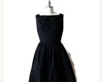 ON SALE Vintage Black Sleeveless Dress/Casual Cotton Dress from 1960's/Minimal*