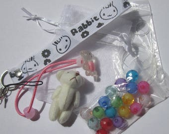 set of beads and accessories for children (5)