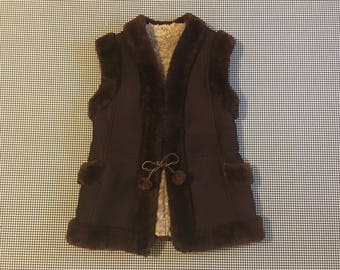 1970's, shearling suede and fur vest, in espresso bean, Women's size Large