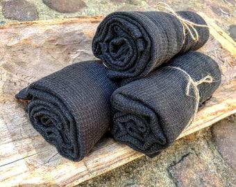 Soft black waffle linen bath towel, sauna towel, black stonewashed linen towel, waffle pattern towel, black bath towel, vegan beach towel