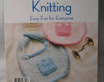 Knitting - Easy Fun For Everyone - Paperback