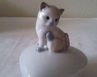 Siamese kitty trinket box