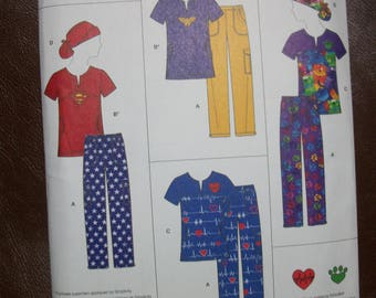 """Simplicity 8266 Misses (Size M-XXL) scrub tops, pants and hat - hat in 3 sizes (21"""", 22"""", 23"""")"""