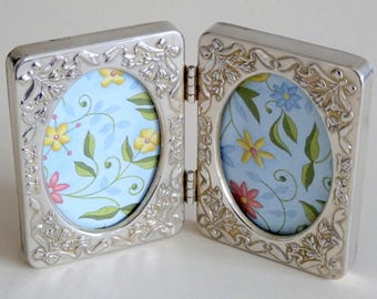 Small Vintage Beautiful Decorative Twin/Double Picture Frame - Silver Plated