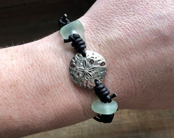 Sanddollar Leather Bracelet, Real Sea Glass Bracelet, blue Sea Glass Bracelet, Sea Glass Jewelry, Beach Glass Bracelet