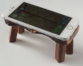 upcycled iphone apple wood bed