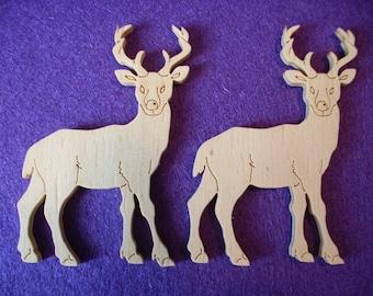 2 deer, wood, 7 x 5 cm  (10-0001A)