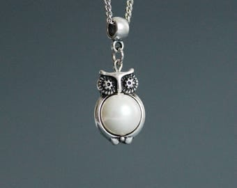 Silver Owl Pendant Necklace Owl Pearl Pendant Owl Necklace Owl Pendant Owl Jewelry Bird Pendant Cute Pendant Silver Owl, Pearl Bird Necklace