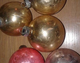 Set of Five Shiny Brite Vintage 40s Christmas Ornaments