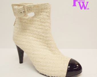 CHANEL Size 9 / 40 Ivory Wool Cap Toe Ankle Booties Boots 100% Authentic
