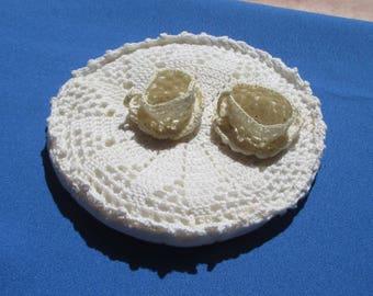 Vintage Crocheted  Doilie Teacups Set