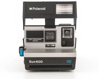 Polaroid Sun 600 SE Instant Film Camera - Tested - Working Vintage 80s Polaroid Originals 600