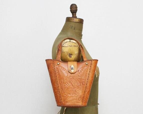 Vintage 1970s Hand Tooled Leather Handbag