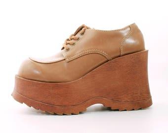 90s Platform Shoes Chunky Platform Shoes Platform Oxfords Vintage Shoes Tan Vegan Leather Shoes Women's Size US 7 / UK 5 / EUR 37 / 38