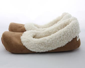 Women's Sherpa Slippers - Women's Slippers with Soles - Soft Sole Shoes Women - Chestnut
