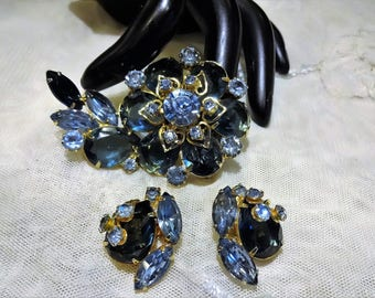 Vintage Juliana Style Shades of Blue Rhinestone Brooch and Earrings