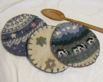 Recycled Wool Pot Holders