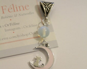 """Pendant """"Moon Cat Pink"""" - small Pearl & charm - 1 euro for the association."""