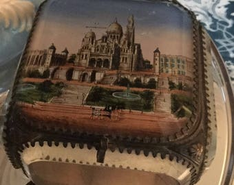 Vintage French jewelry casket with image of Montmartre