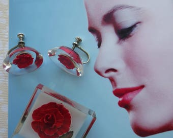 Vintage 1950s Reverse Carved lucite pin and earrings.